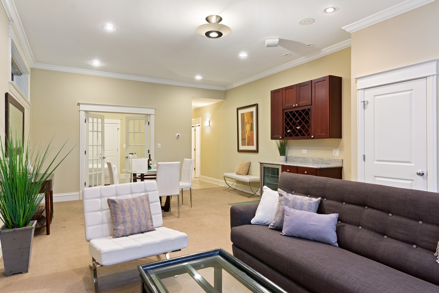 Real Estate Photography - 2712 N Lehmann Ct, Unit 1S, Chicago, IL, 60614 - Family Room