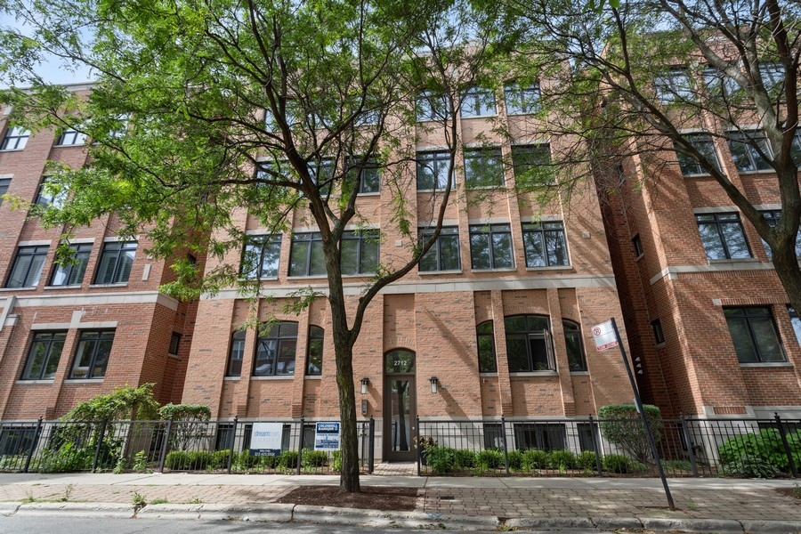Real Estate Photography - 2712 N Lehmann Ct, Unit 1S, Chicago, IL, 60614 - Front View