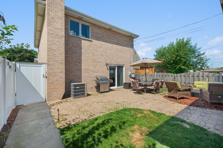 Real Estate Photography - 5145 N Meade Ave, CHICAGO, IL, 60630 - Back Yard