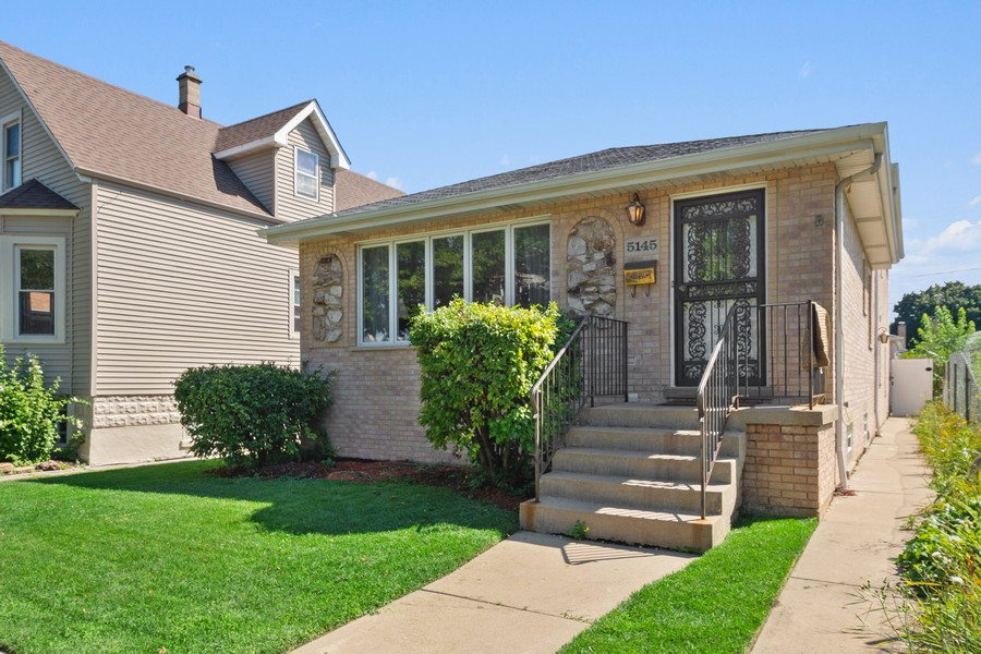 Real Estate Photography - 5145 N Meade Ave, CHICAGO, IL, 60630 - Front View