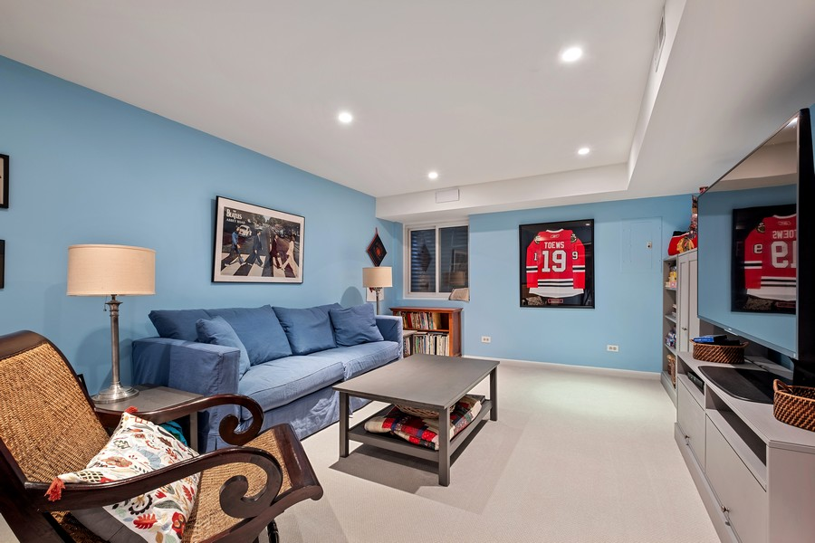 Real Estate Photography - 609 Custer, Unit B, Evanston, IL, 60202 - Recreational Room