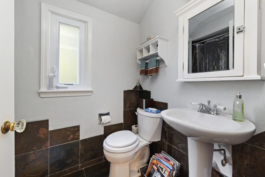 Real Estate Photography - 631 S Arlington Heights Rd, Arlington Heights, IL, 60004 - Bathroom