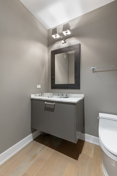 Real Estate Photography - 676 N Kingsbury, Unit 204, Chicago, IL, 60654 - Half Bath