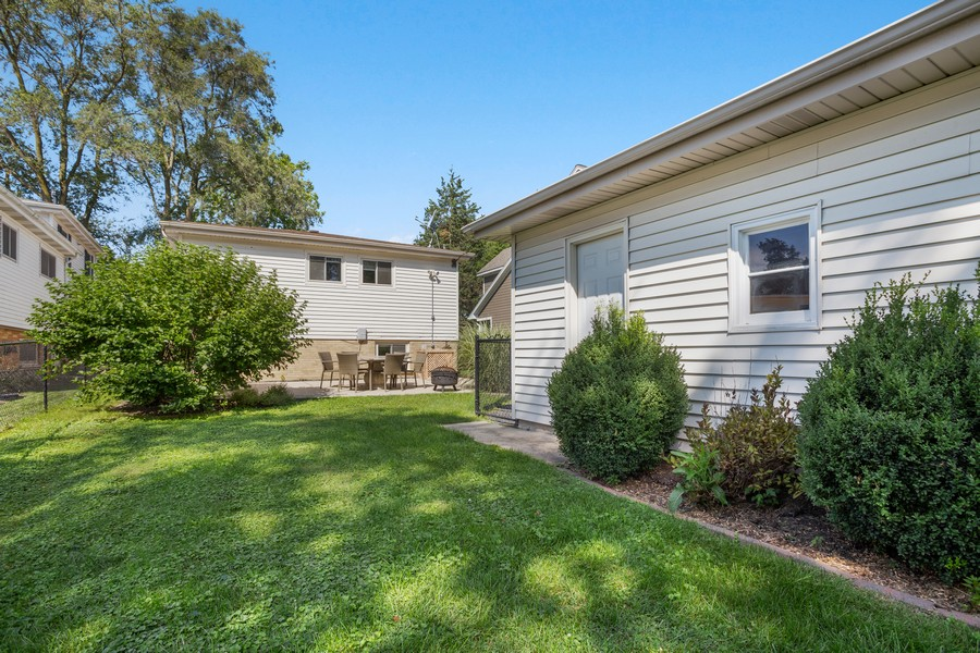 Real Estate Photography - 115 Burton Place, Arlington Heights, IL, 60005 - Rear View