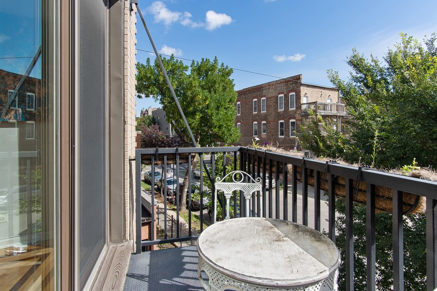 Real Estate Photography - 946 North Wood Street Unit 2, chicago, IL, 60622 - Balcony