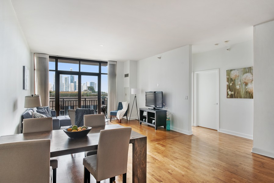 Real Estate Photography - 233 E 13th 603, Chicago, IL, 60605 - Living Room/Dining Room