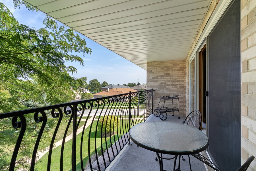 Real Estate Photography - 17731 Bernard Dr, Unit 3B, Orland Park, IL, 60467 - Balcony