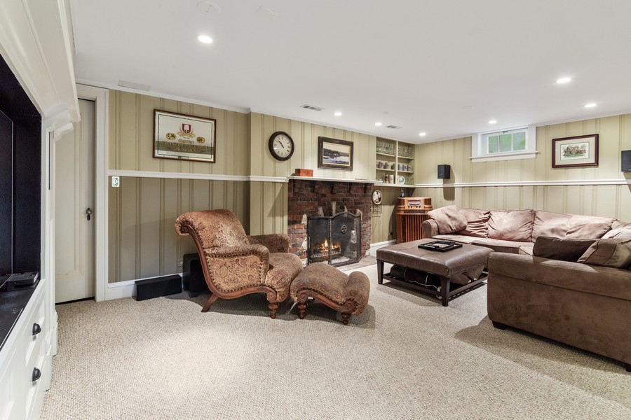 Real Estate Photography - 112 Derbyshire, Arlington Hts, IL, 60004 - Basement