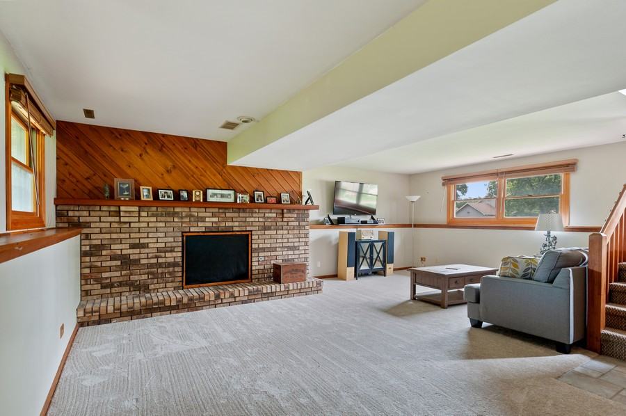 Real Estate Photography - 821 N Beck Rd, Lindenhurst, IL, 60046 - Family Room