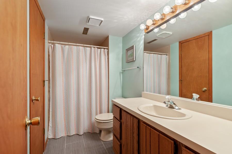 Real Estate Photography - 821 N Beck Rd, Lindenhurst, IL, 60046 - 2nd Bathroom