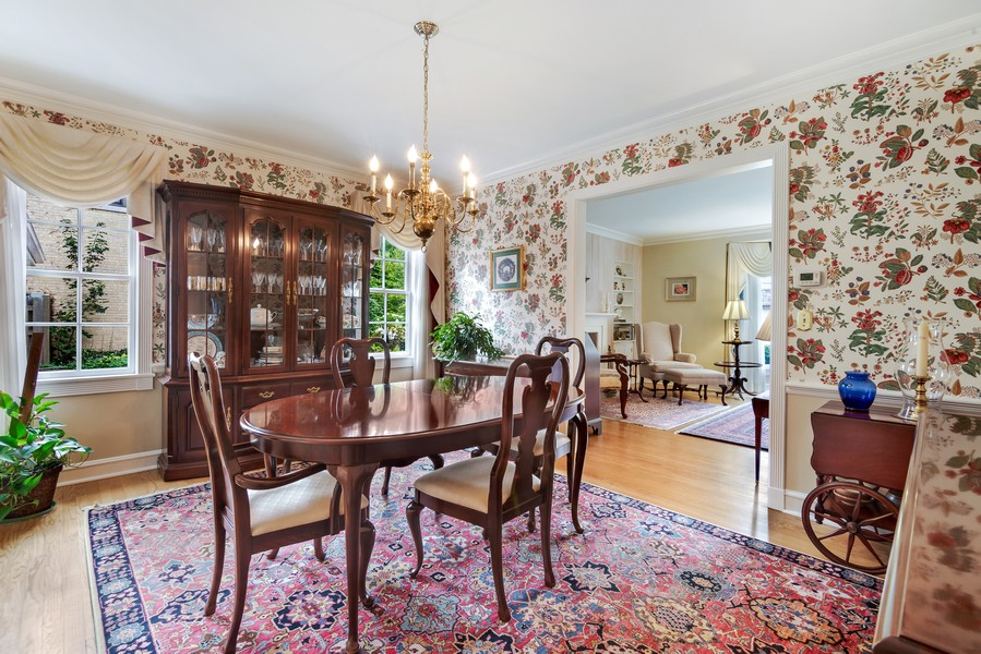 Real Estate Photography - 605 S. Burton Pl, Arlington Heights, IL, 60005 - Dining Room