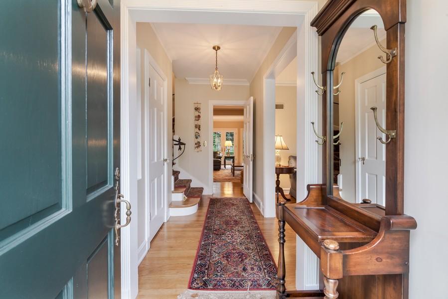 Real Estate Photography - 605 S. Burton Pl, Arlington Heights, IL, 60005 -