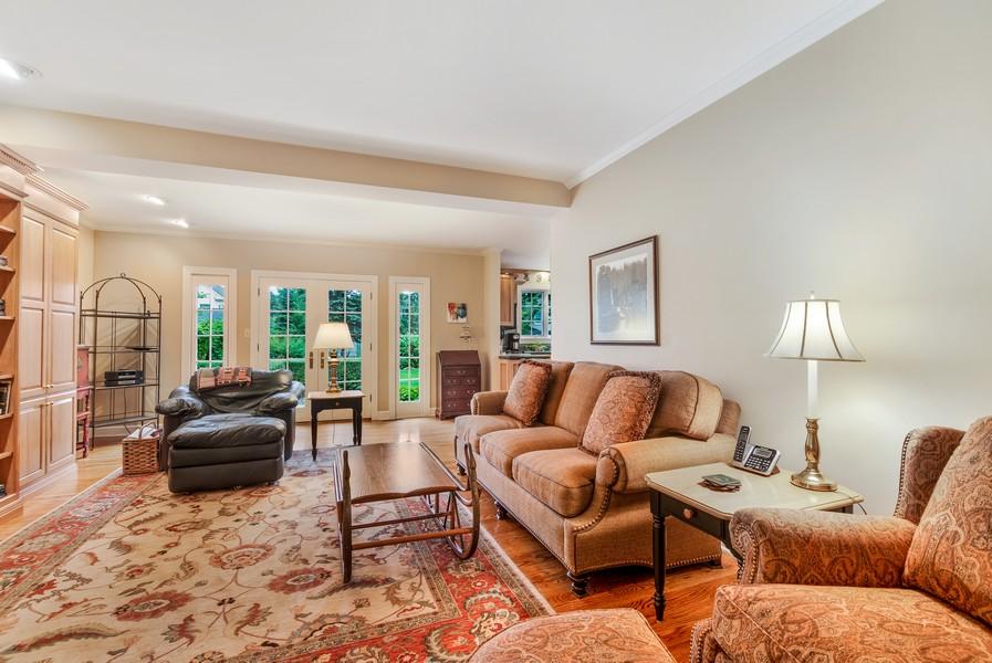 Real Estate Photography - 605 S. Burton Pl, Arlington Heights, IL, 60005 - Family Room