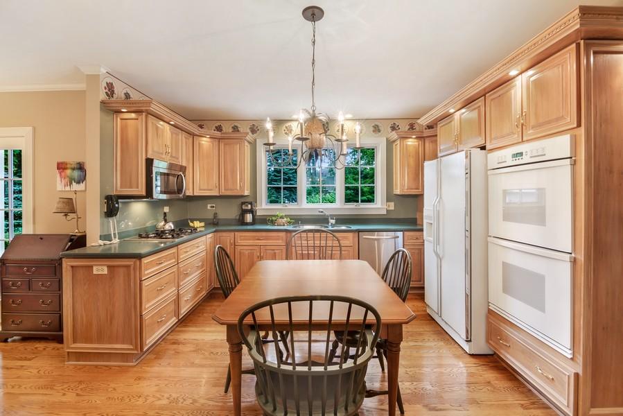 Real Estate Photography - 605 S. Burton Pl, Arlington Heights, IL, 60005 - Kitchen