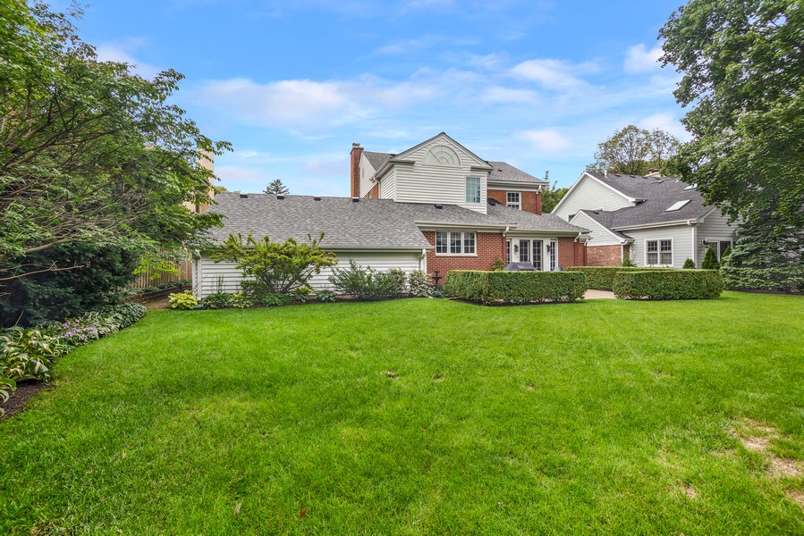 Real Estate Photography - 605 S. Burton Pl, Arlington Heights, IL, 60005 - Rear View