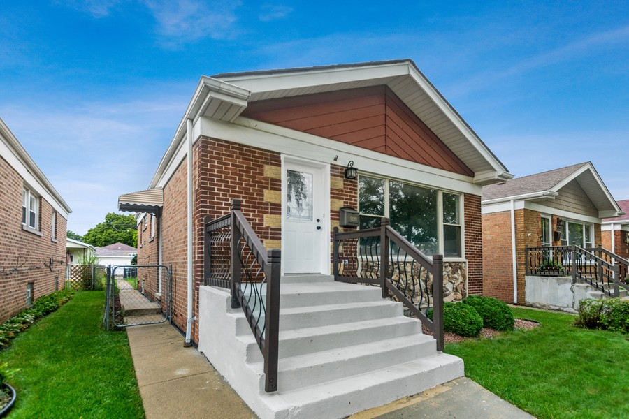 Real Estate Photography - 5120 S Natchez Ave, Chicago, IL, 60638 - Front View