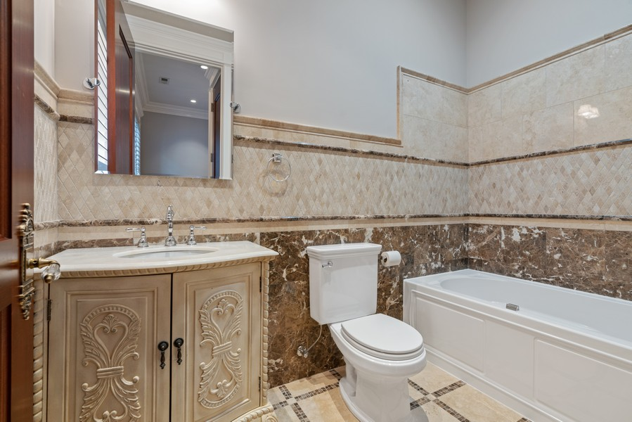 Real Estate Photography - 817 West Wrightwood, Chicago, IL, 60614 - 3rd Bathroom