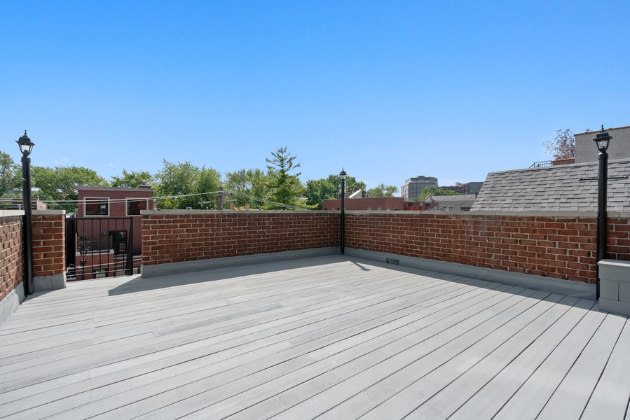 Real Estate Photography - 817 West Wrightwood, Chicago, IL, 60614 - Roof Deck