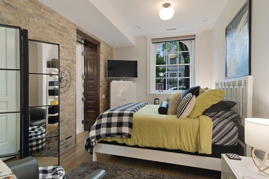 Real Estate Photography - 1855 N Sheffield Ave, Unit 105, Chicago, IL, 60614 - Master Bedroom