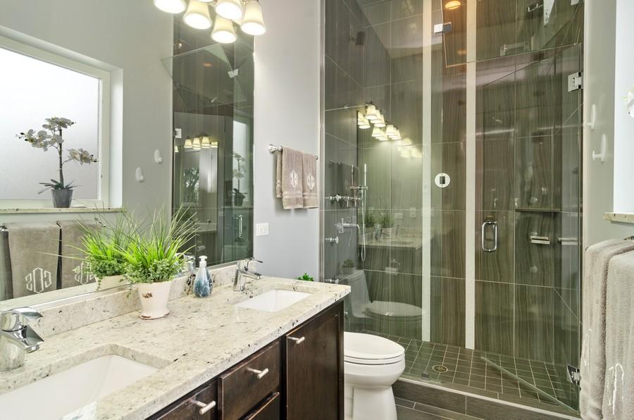 Real Estate Photography - 2627 W. Thomas unit 3, Chicago, IL, 60622 - Master Bathroom