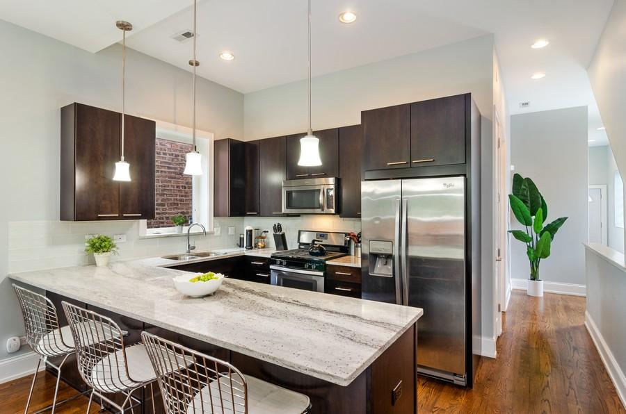 Real Estate Photography - 2627 W. Thomas unit 3, Chicago, IL, 60622 - Kitchen