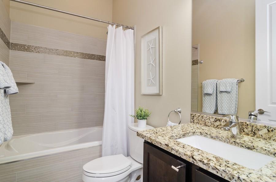 Real Estate Photography - 2627 W. Thomas unit 3, Chicago, IL, 60622 - Bathroom