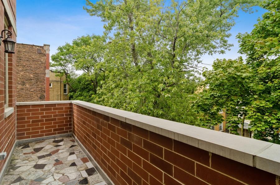 Real Estate Photography - 2627 W. Thomas unit 3, Chicago, IL, 60622 - Balcony