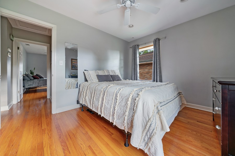 Real Estate Photography - 32 Arthur Ave., Clarendon Hills, IL, 60514 - Bedroom 2