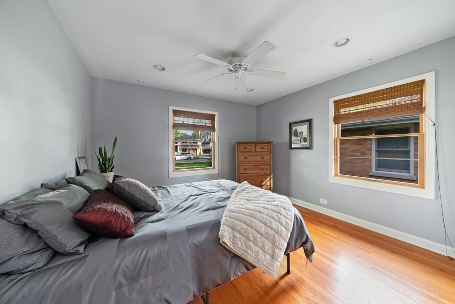 Real Estate Photography - 32 Arthur Ave., Clarendon Hills, IL, 60514 - Bedroom 3