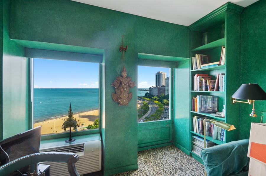 Real Estate Photography - 1100 N Lake Shore Dr, 13A, Chicago, IL, 60611 - 3rd Bedroom