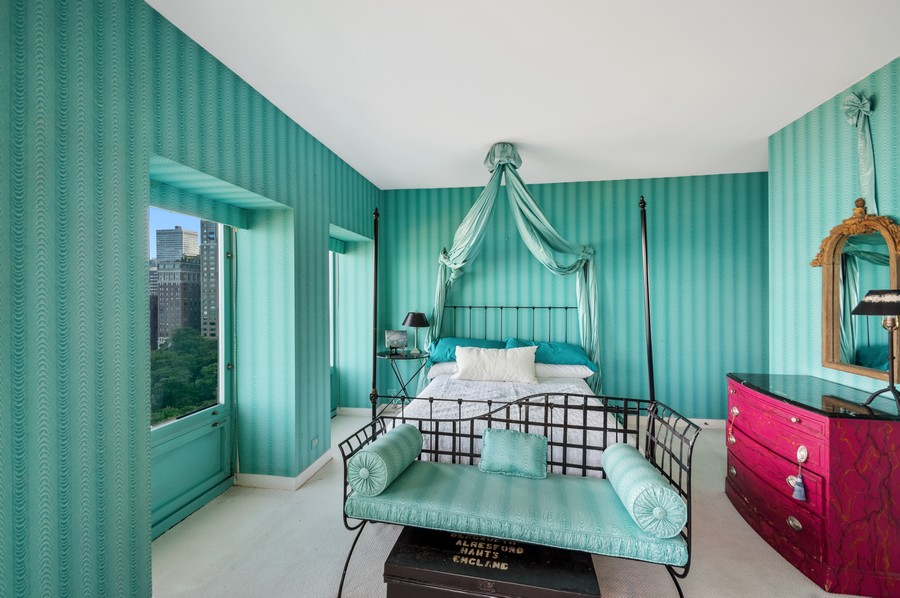 Real Estate Photography - 1100 N Lake Shore Dr, 13A, Chicago, IL, 60611 - Master Bedroom