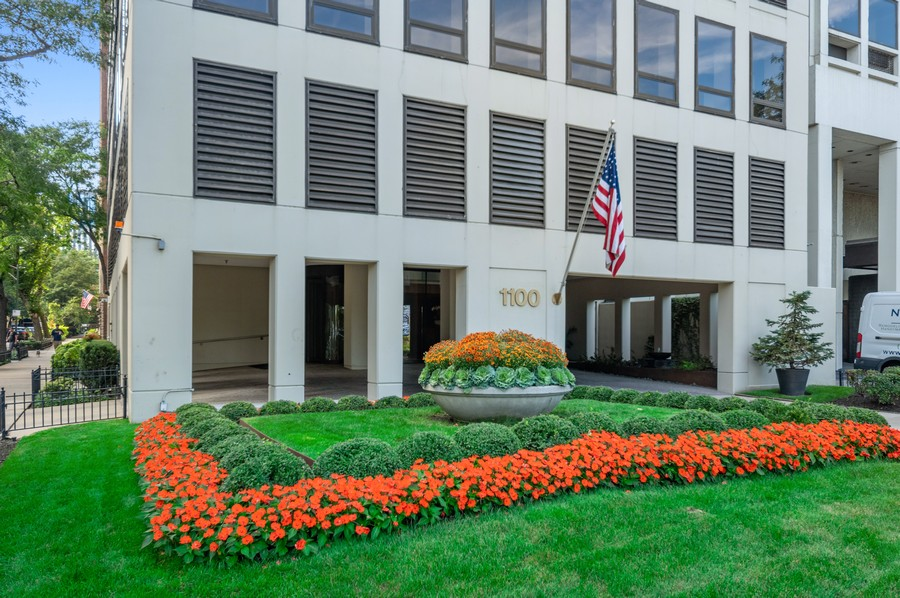 Real Estate Photography - 1100 N Lake Shore Dr, 13A, Chicago, IL, 60611 - Front View