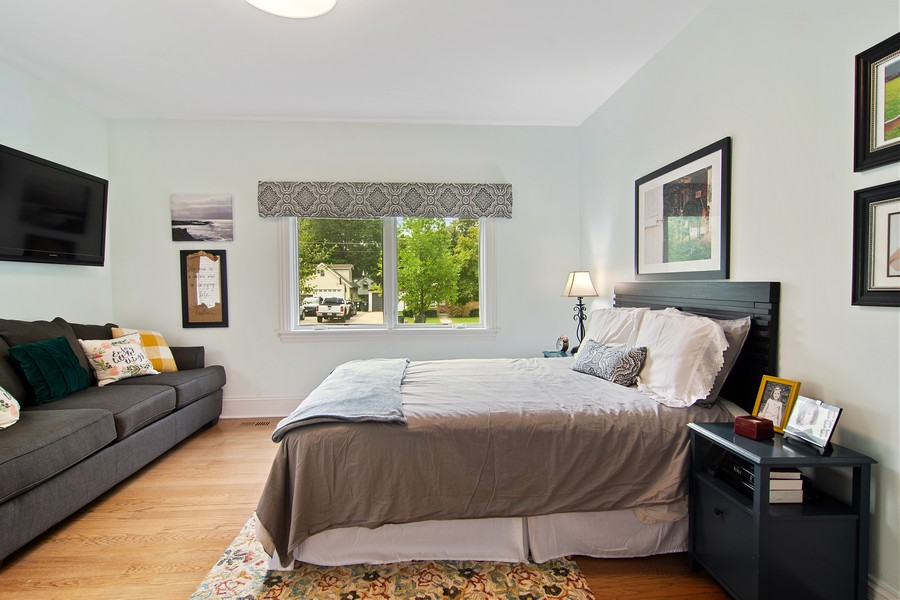 Real Estate Photography - 336 W Lake Street, Barrington, IL, 60010 - Master Bedroom