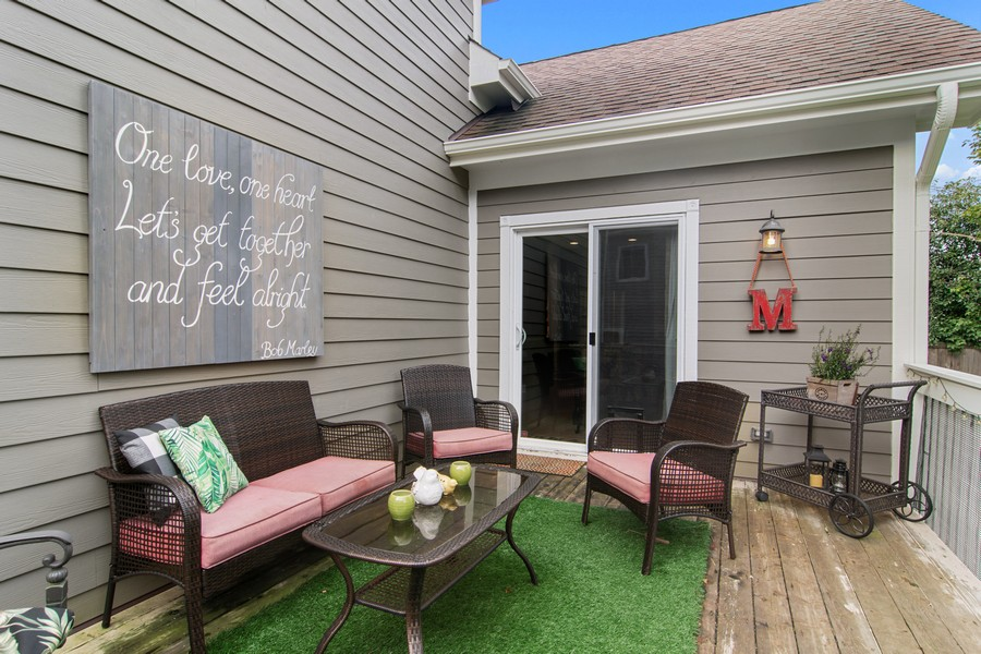 Real Estate Photography - 336 W Lake Street, Barrington, IL, 60010 - Deck