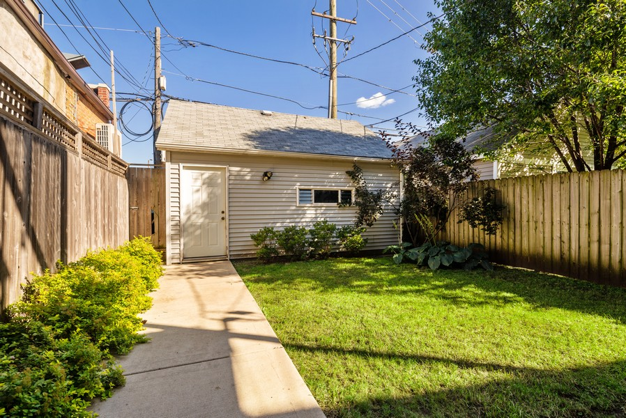 Real Estate Photography - 3555 N. Marshfield, #2, Chicago, IL, 60613 - Back Yard