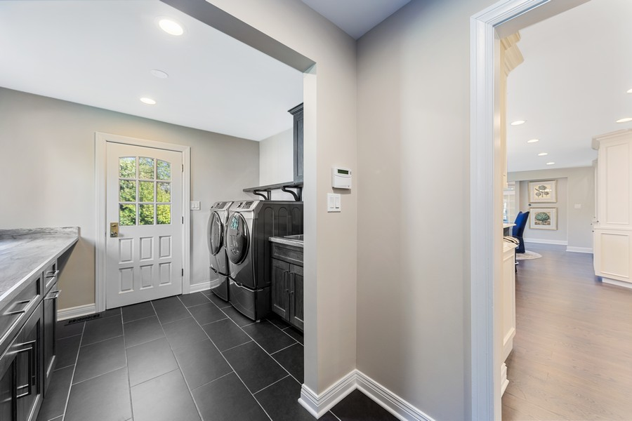Real Estate Photography - 527 Princeton Rd, Hinsdale, IL, 60521 - Mudroom
