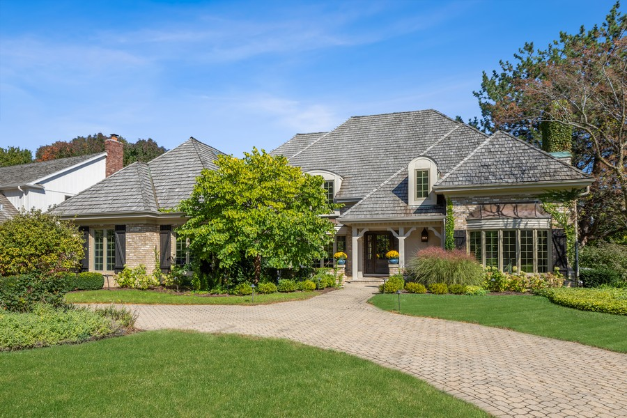 Real Estate Photography - 527 Princeton Rd, Hinsdale, IL, 60521 - Front View