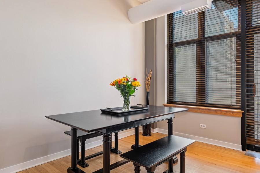 Real Estate Photography - 333 W Hubbard, 2A, Chicago, IL, 60654 - Dining Room