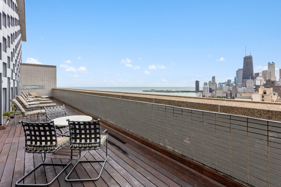 Real Estate Photography - 1550 N Lake Shore Dr, Chicago, IL, 60610 -