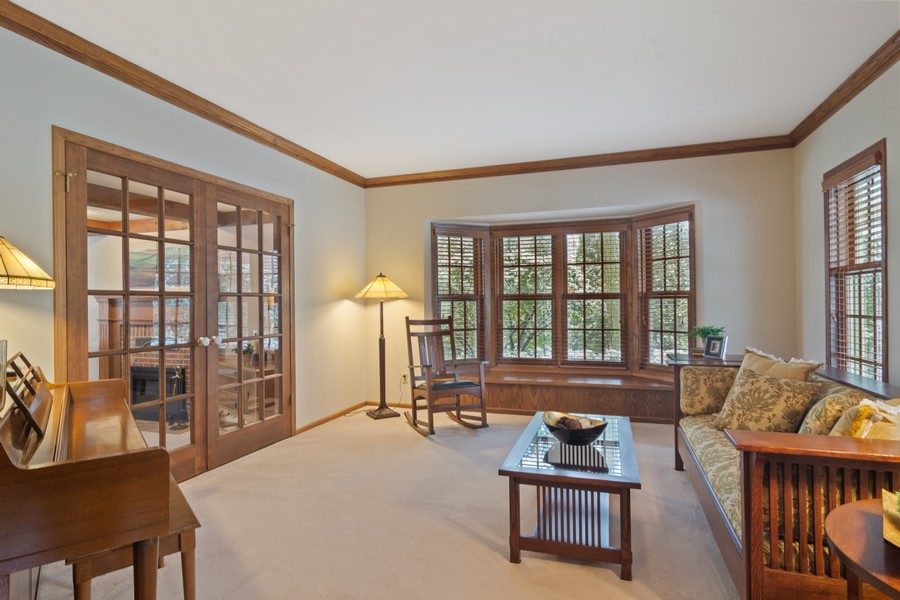 Real Estate Photography - 6534 Saddle Ridge Lane, Long Grove, IL, 60047 - Living Room