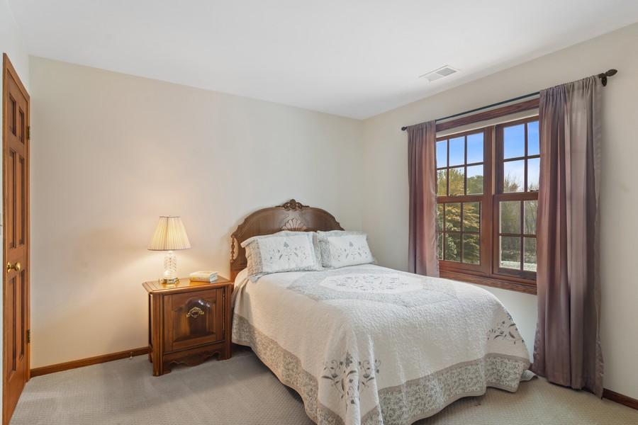 Real Estate Photography - 6534 Saddle Ridge Lane, Long Grove, IL, 60047 - 2nd Bedroom