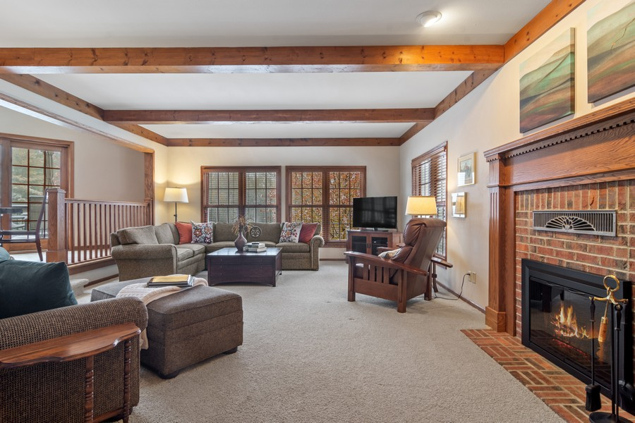 Real Estate Photography - 6534 Saddle Ridge Lane, Long Grove, IL, 60047 - Family Room