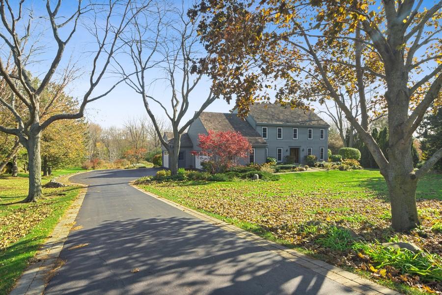Real Estate Photography - 6534 Saddle Ridge Lane, Long Grove, IL, 60047 - Driveway