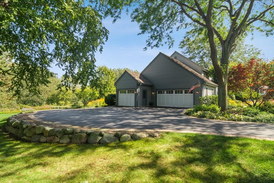 Real Estate Photography - 6534 Saddle Ridge Lane, Long Grove, IL, 60047 - Garage