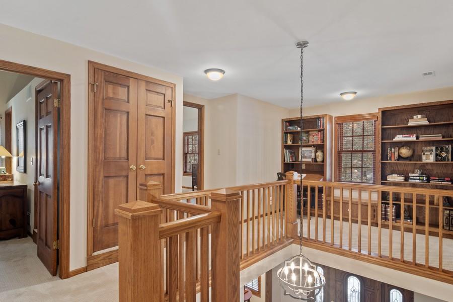 Real Estate Photography - 6534 Saddle Ridge Lane, Long Grove, IL, 60047 - Loft