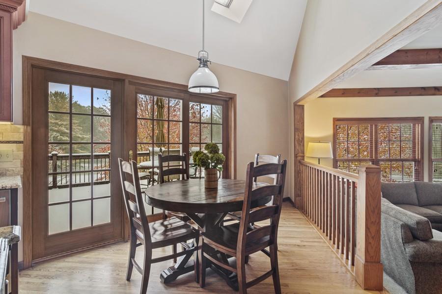 Real Estate Photography - 6534 Saddle Ridge Lane, Long Grove, IL, 60047 - Breakfast Nook