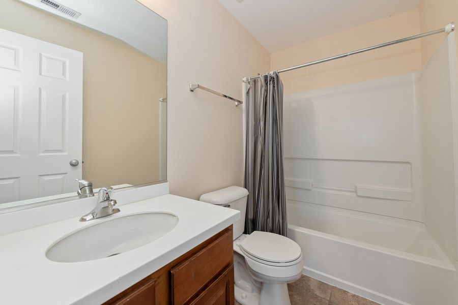 Real Estate Photography - 718 S Jade Ln, Rolling Meadows, IL, 60073 - Bathroom