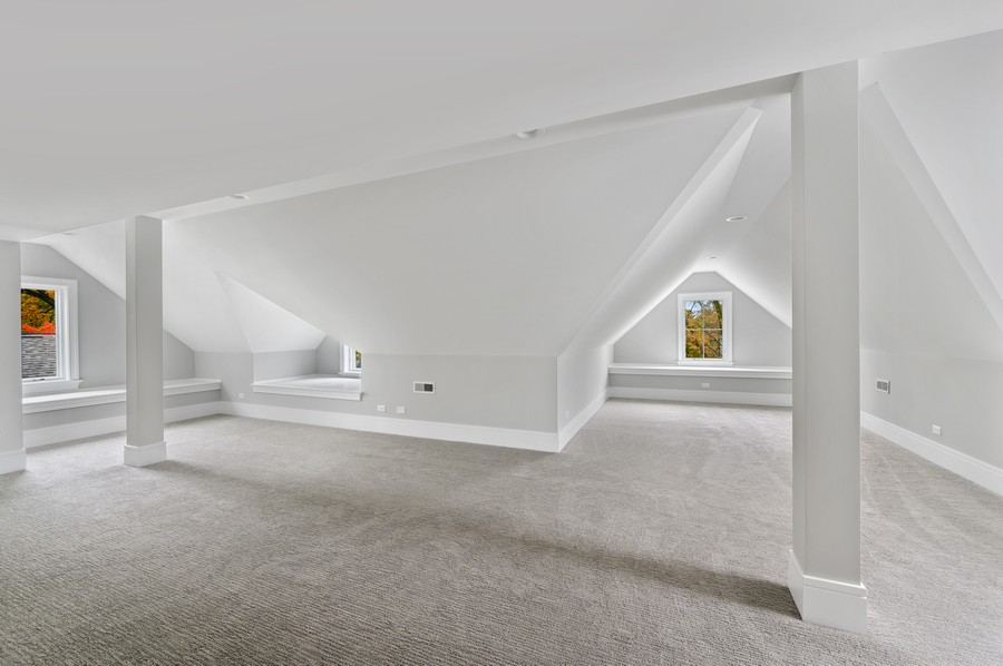 Real Estate Photography - 1119 Forest Ave, Wilmette, IL, 60091 - Bonus Room - Third Floor