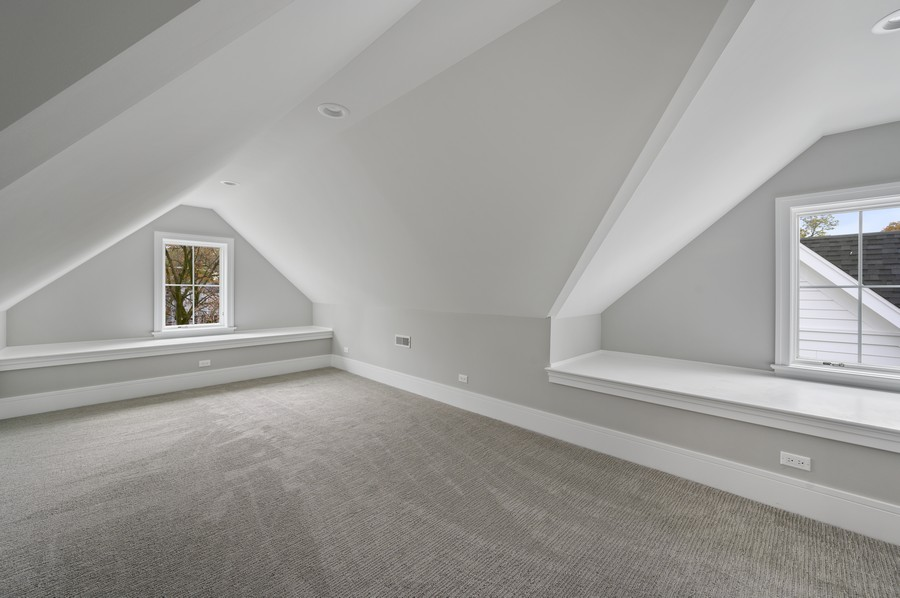 Real Estate Photography - 1119 Forest Ave, Wilmette, IL, 60091 - Bonus Room