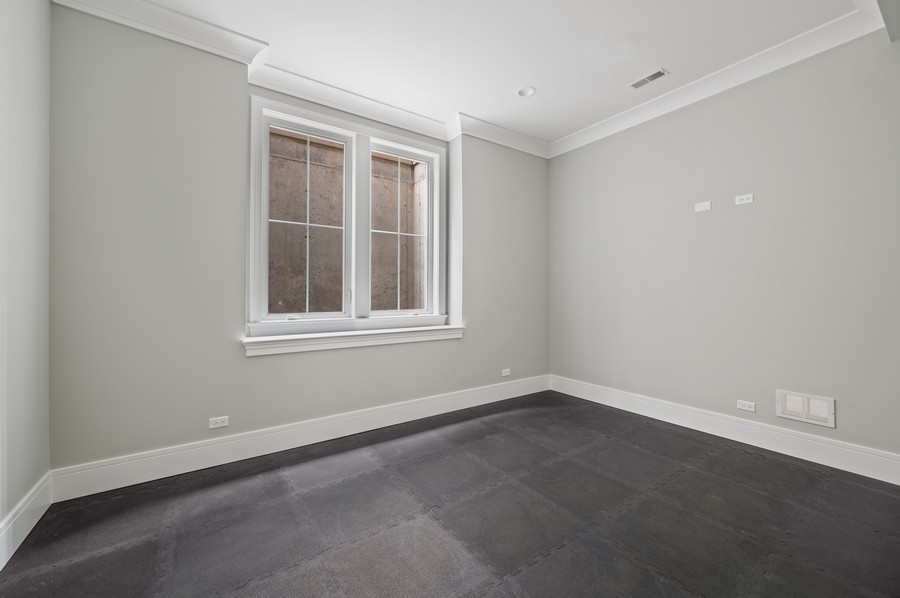 Real Estate Photography - 1119 Forest Ave, Wilmette, IL, 60091 - Exercise Room